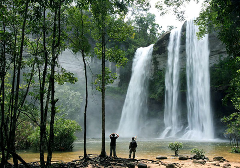 Королевский тропический заповедник Кхао Пхра Тхао