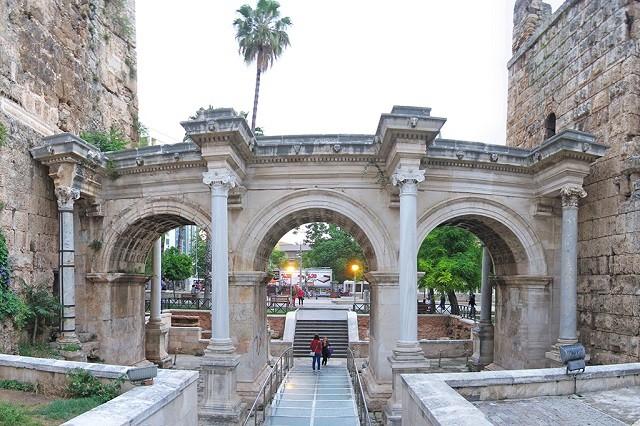Ворота Адриана